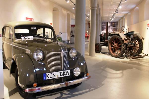 Besuchen Sie das Deutsche Automuseum Schloss Langenburg