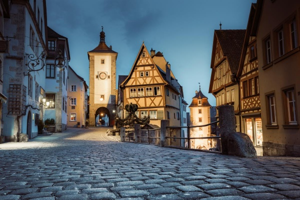 Besuchen Sie Rothenburg ob der Tauber (24km entfernt)