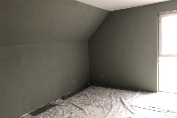 Gerade werden die Wände gestrichen. In der kommenden Woche werden die Bodenbelege verlegt