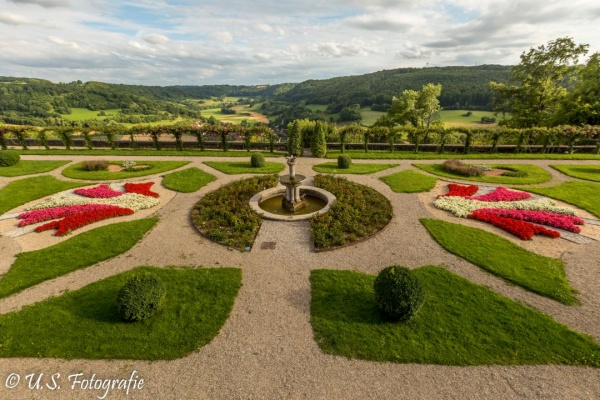 Vis-a-Vis zum Barockgarten