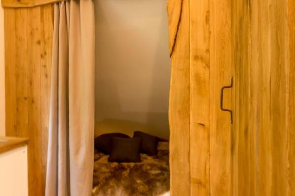 Als Schlafplatz 5 & 6 Alkovenbetten im der Gallerie